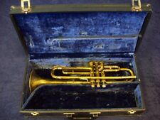 QUALITY VINTAGE COLLEGIATE BY HOLTON TRUMPET ELKHORN, WIS. U.S.A. + CASE