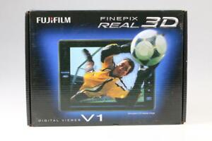 FUJIFILM FinePix Real 3D V1 Digital Viewer - SNr: )RL39369