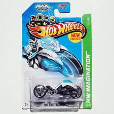 2013 HW IMAGINATION Hot Wheels #59 Max Steel Motorcycle - New On Card