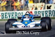 Jacques laffite ligier JS7 F1 saison 1977 photographie 3