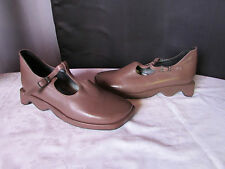 chaussures EPOX cuir taupe 39