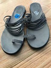 Slip Toe Ring Embellished Sz 7 1/2 Vince Camuto Women's Silv Sandals Vp Eriantha