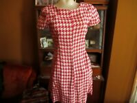 sz 6 True Vintage 60s Handmade Cherry Red Houndstooth Burlap Cocktail Dress