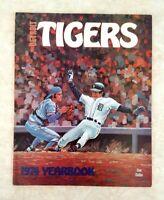 1974 DETROIT TIGERS Yearbook Lolich Freehan Cash Kaline Lolich Super Clean