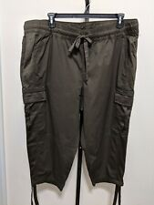 Lane Bryant Women's Plus Olive Army Green Crop Capri Cargo Casual Pants 22/24