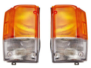 For 1995-2006 NPR NQR W Series Truck Corner Signal Light with Bulb Pair Side
