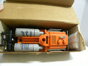 LIONEL POST-WAR NEW!!!! 3927 TRACK CLEANING CAR W/extra supplies