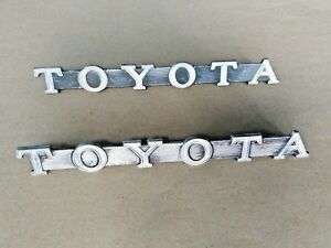 TOYOTA  METAL Side Badge Emblem 1 pair.