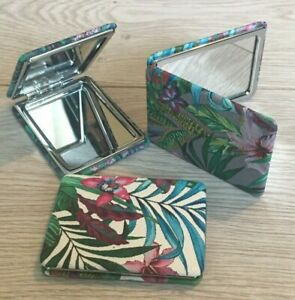 Compact Mirror Tropical Leaf Print Cosmetic Make-Up Accessory Green White Grey