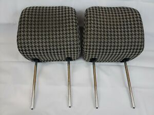 10-13 KIA SOUL FRONT SEAT HEADREST SET HEAD RESTS RIGHT LEFT BLACK CHECKERED OEM