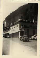 PHOTO ANCIENNE - VINTAGE SNAPSHOT - VOITURE GARAGE GARE PARKING ALLEMAGNE - CAR