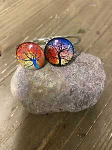 Tree of LIFE (BT211-10ToL) on a Silver Hinged Bracelet
