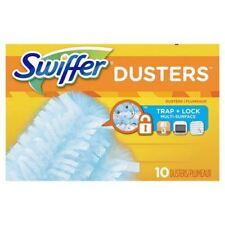 Detergenti e panni per la polvere bianca per la pulizia e il bucato