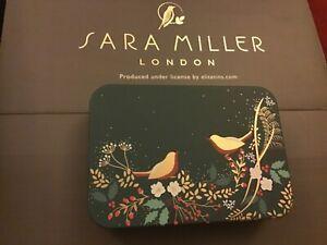 Sara Miller CHRISTMAS Tin  11.5x8x2.5cms,ROBINS and HOLLY