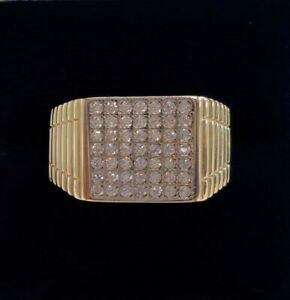 Gents CZ Signet Ring (375) 9ct Yellow Gold - Size T (US 9.5)