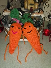Kevin and Katie the Christmas Carrots*