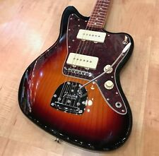 Fender Classic Player Jazzmaster Special Electric Guitar (3-Color Sunburst)