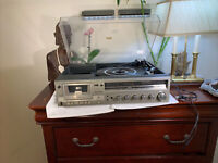 Sanyo DXT-60 Cassette Record Player Stereo Receiver  FM & AM tuner GORGEOUS Rare
