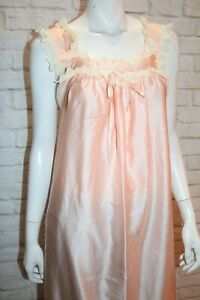 VINTAGE Original CHASLYN 1970's Apricot Lace Trim Night Dress #VIN49