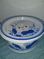 Antique Chinese Blue and White Covered Tea Boat Bowl Dish with vented Lid