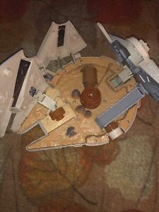 Micromachines Star Wars The Force Awakens Millennium Falcon Playset B3533
