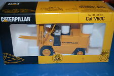 Caterpillar Ref.215 - Carrello Elevatore Serie V Cat V60C  scala 1/25