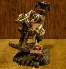 """Ganz Cottage Resin Figurine by Lorraine Chien, #CC2021 ROUND EM UP, 5"""""""