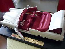 MAISTO  TROPHEE  MERCEDES-BENZ cabriolet  280 se, blanc, 1:18, 1966 + TOP NEUF