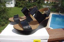 NIB Clark's Ladies Black Leather wedge Sandal Shoes Wide Width Size 6
