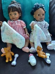 Playmates Amazing Babies 2 dolls Interactive Doll & Accessories Working