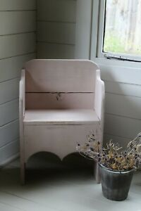 "GORGEOUS ""RUSTIC PAINTED"" SMALL OAK CHAIR/CHILD'S/DOLL'S CHAIR/""ASHES OF ROSES"""