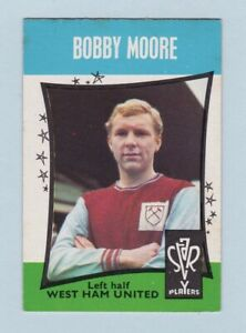 Football Card - Footballers, Star Players (A. & B.C. Gum) - #11 Bobby Moore