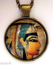 Medaillon Vintage + chaine style bronze /Medallion +chain.Egypt / Egypte,pharaon