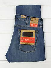 NEU Wrangler Bostin Jeans schmal gerade Leg Lee Daren Passform L30/L32/L34