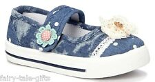 NAVY DENIM AND LACE GIRLS SHOES UK SIZE 11 (GIRLS) - New