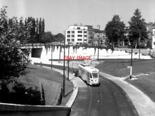 PHOTO  BELGIUM TRAMS 1959 BRUXELLES GROS TILLEUL  STIB PCC TRAM NO 7137 ON ROUTE