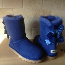 UGG SHORT BAILEY BOW II VELVET RIBBON SKY BLUE SUEDE BOOTS SIZE US 8 WOMENS