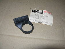 YAMAHA  AS 1  AS 2 '68/69; HS1 '70/71; RS100 '75/76 GUMMI, Schwinge  SEAL,GUARD