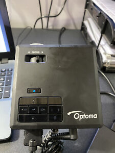 Optoma ML750e Ultra Compact LED Projector 15000:1 700 Lumens 1280x800 (0.38kg)