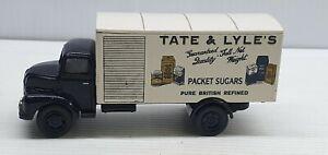 Vanguards Tate & Lyle's packet sugars Leyland Comet delivery truck van car