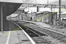 Bletchley Railway Station Photo. Leighton Buzzard - Milton Keynes. L&NWR (23)
