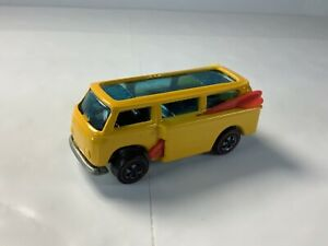 HOT WHEELS REDLINE LOOSE YELLOW VW BEACH BOMB THIS IS A CUSTOM ORIGINAL PARTS.