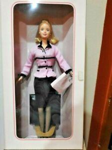 1998 AVON SALES LADY Barbie, Avon Special Edition, MIB, NRFB