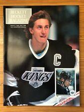 Beckett Hockey Magazine / Price Guide - Issue #1 - Wayne Gretzky - 1990 - Kings