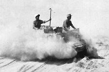 WW2 - Légionnaires sur un Bren Carrier en Libye en 1942