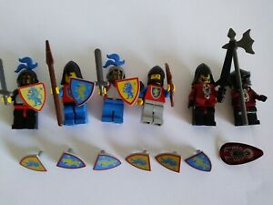 Lego classic/vintage Castle minifigs - Lion Knights & Others
