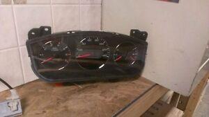 07 2007 Chevrolet Impala Speedometer OEM 15895562  37,304 Miles!