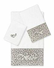 Linum Home Textiles April Embellished 3-Piece Towel Set-White T4102496