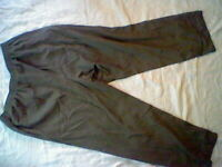 XL Extra Large Womans Basic Editions Faded Green Pants, Elastic waist,Pockets