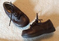 Kenneth Cole Reaction TODDLER Size 5M brown leather lace-up F87230 Nice